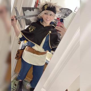 momochi_cosplays